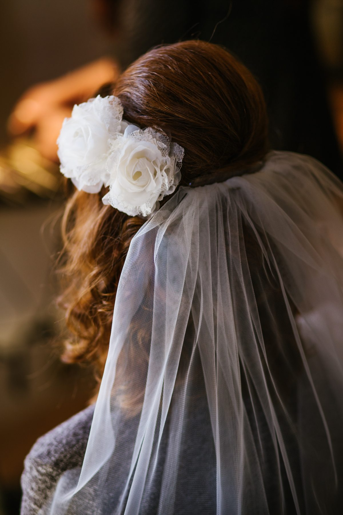 5 poses to capture photos of your veil