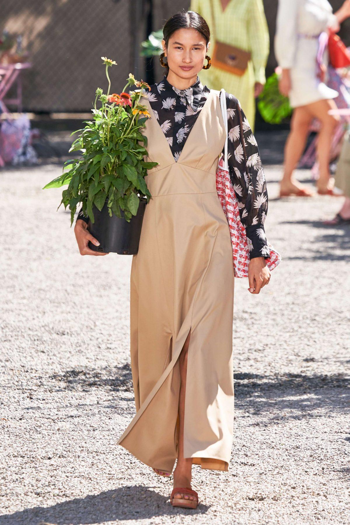 Kate Spade beige v-neck dress.