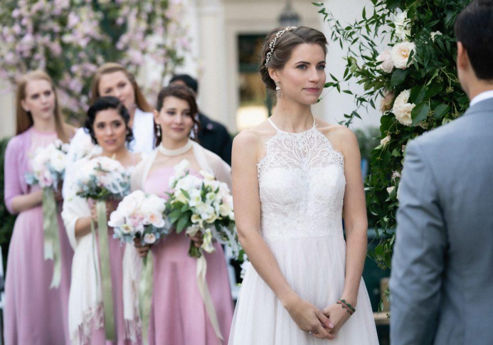 Alison McCord's wedding dress on Madam Secretary