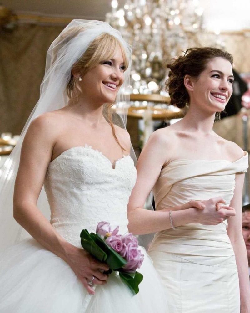 Anne Hathaway & Kate Hudson in Bride Wars