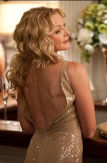 Back of Samantha's gold sequined dress in Sexy & The City 2