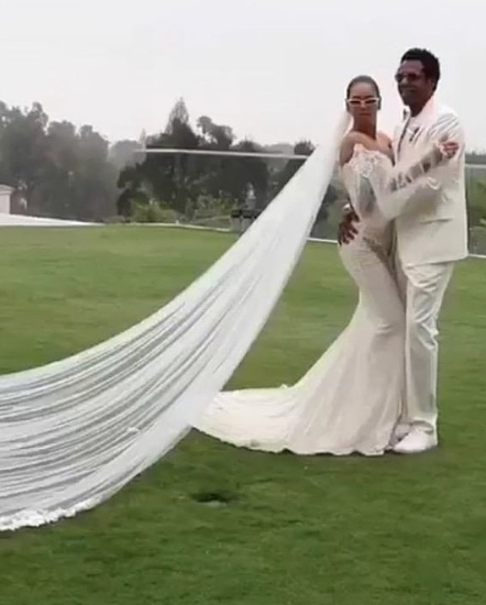 Beyonce's vow renewal gown