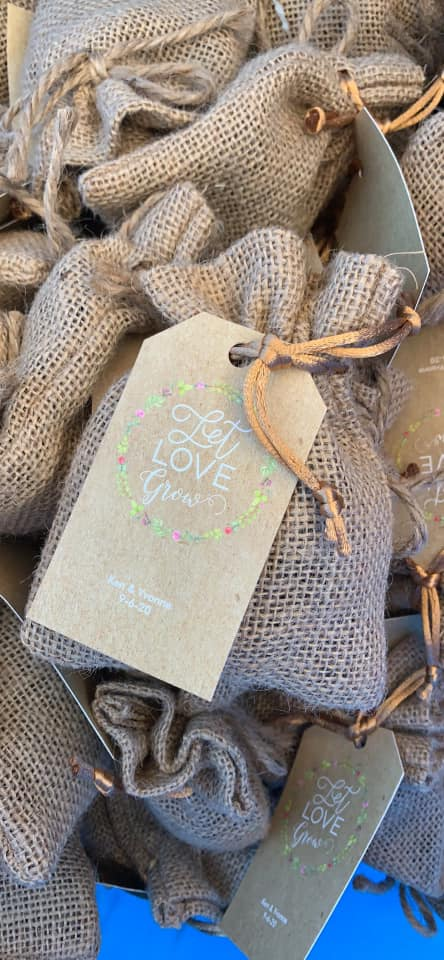 Burlap party favors with seeds