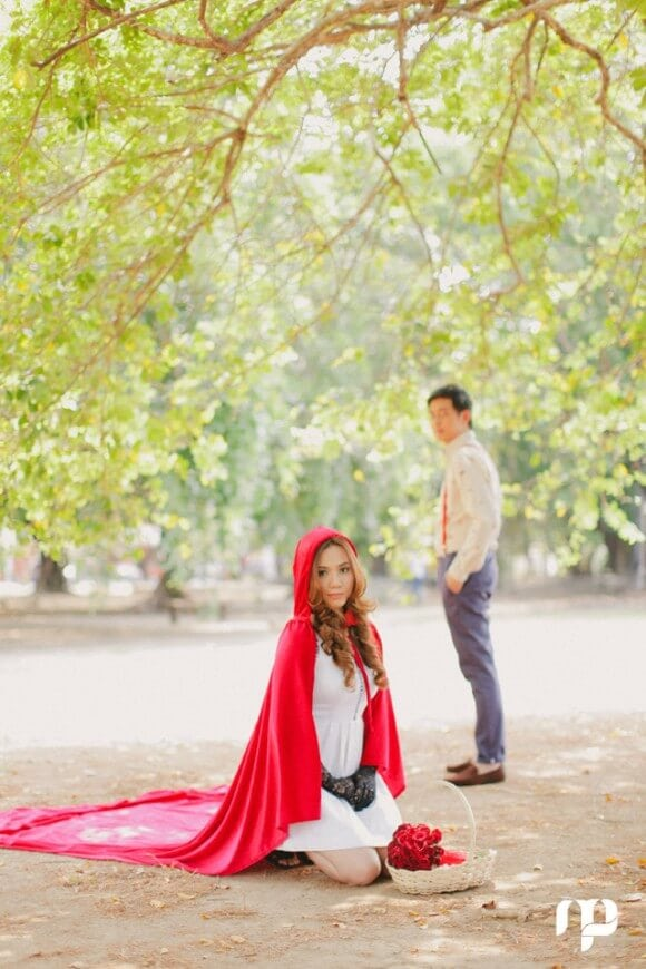 red riding hood fairy tale engagement shoot