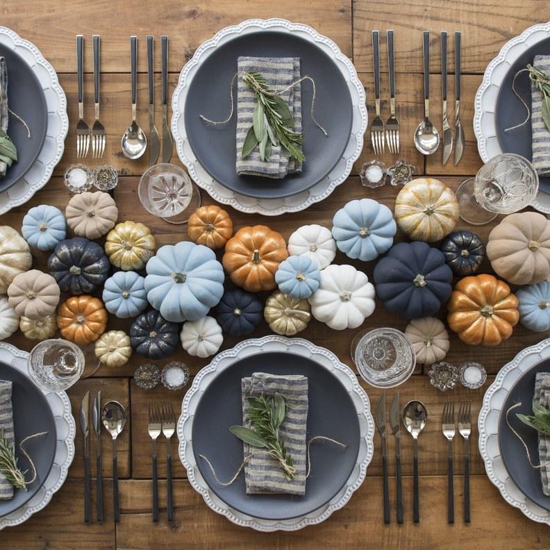 pumpkin table garland
