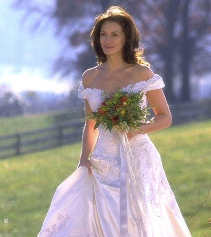 Julia Roberts in final Runaway Bride wedding dress