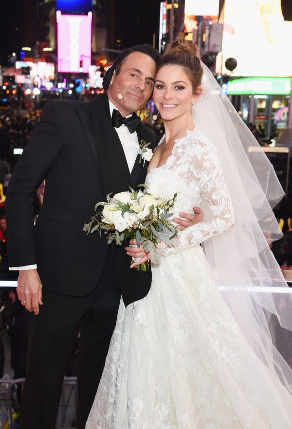 Maria Menounos in her wedding dress in Times Square