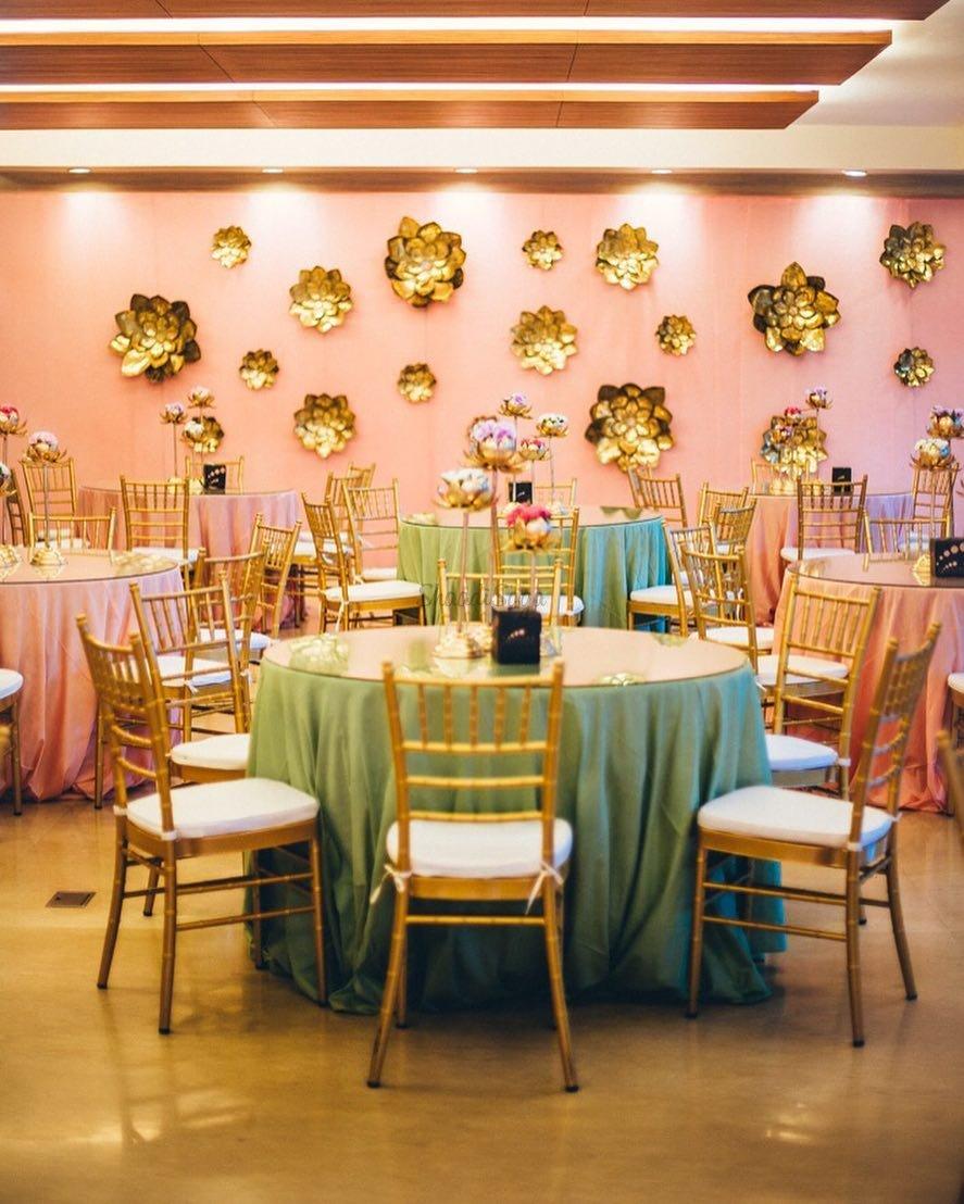 Multi-color linens for reception