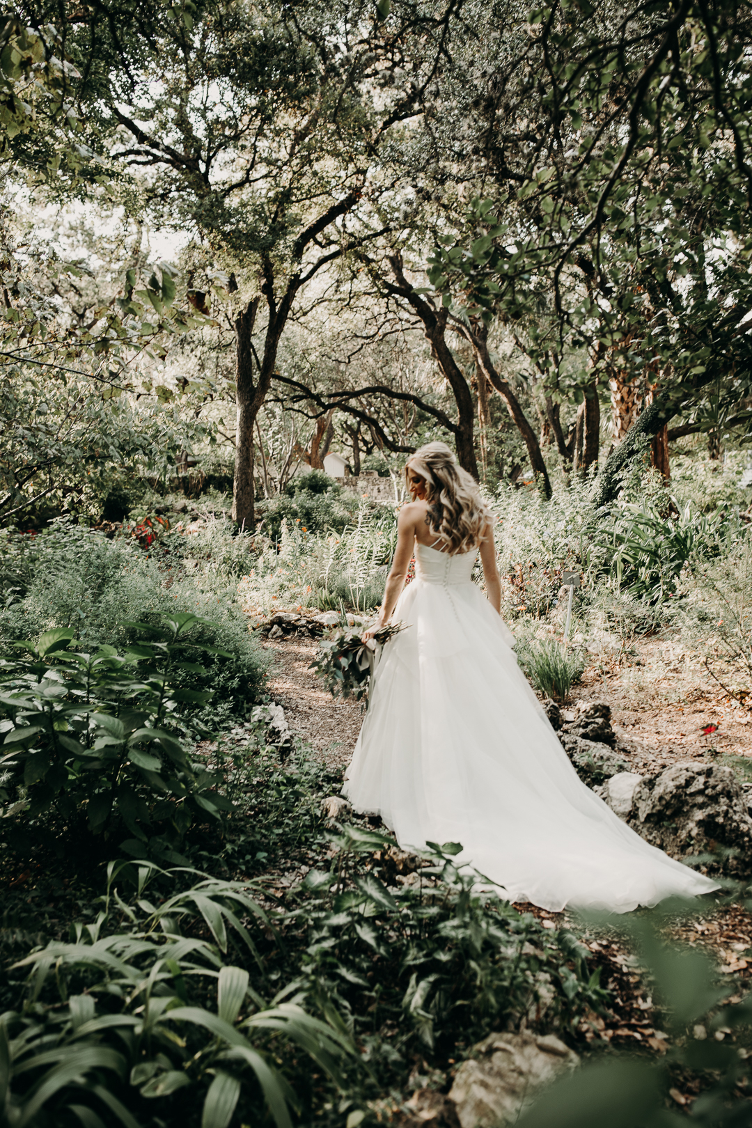 Fall bridal portrait in the woods