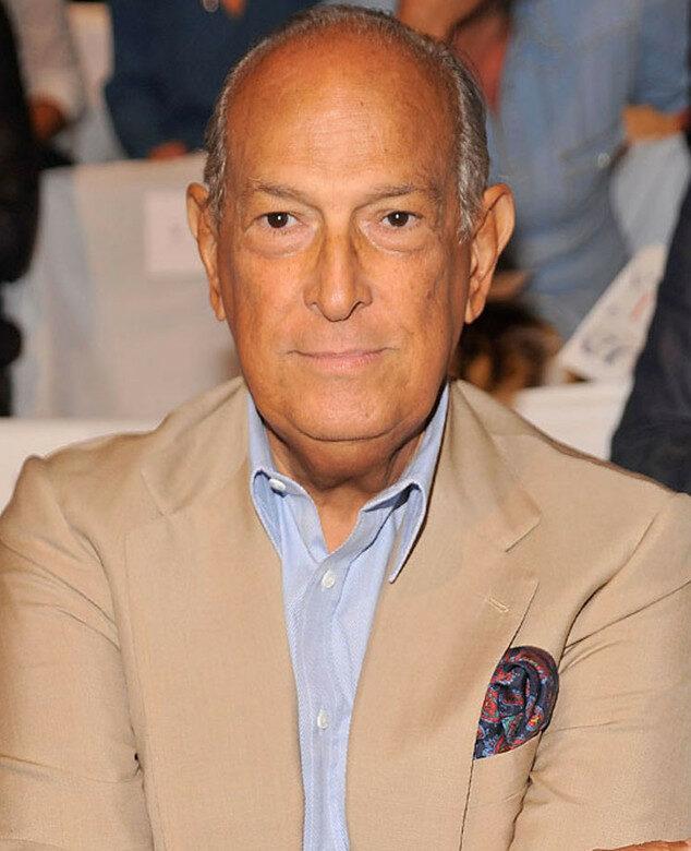 Photo of designer Oscar de la Renta