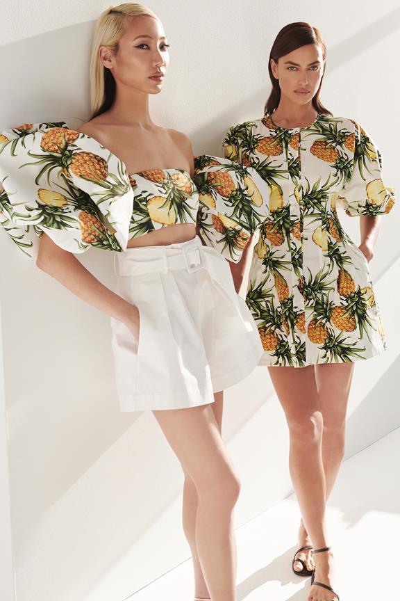 Pre-fall 2021 pineapple outfits from Oscar de la Renta