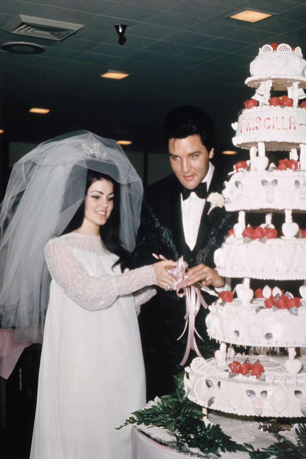 Priscilla Presley's wedding dress