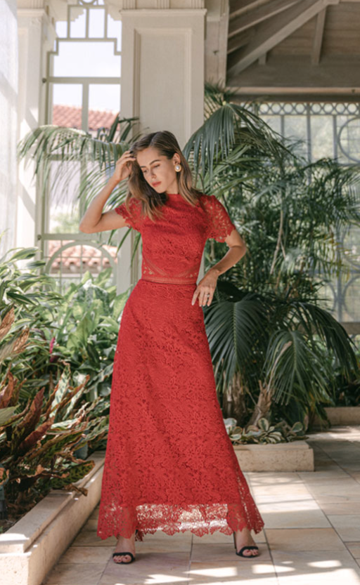 Red lace gown by Monique Lhuillier