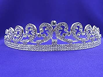 Replica of Queen Elizabeth's Cartier halo tiara