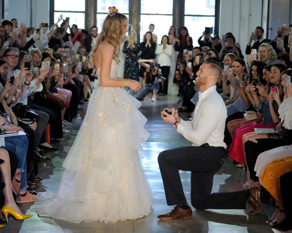 Surprise proposal at the Watters Spring 2019 bridal show