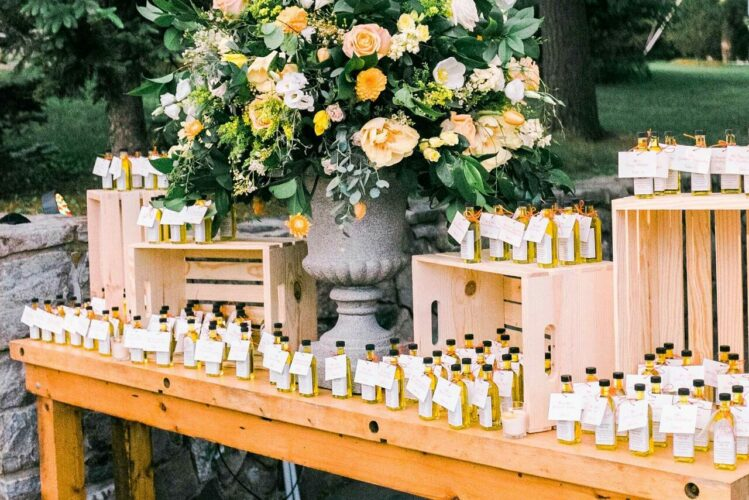 10 Wedding Favors Your Guests Won't Forget