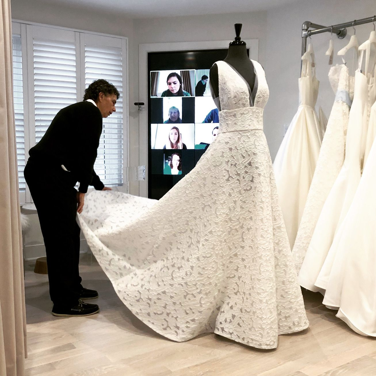 Virtual bridal consultation
