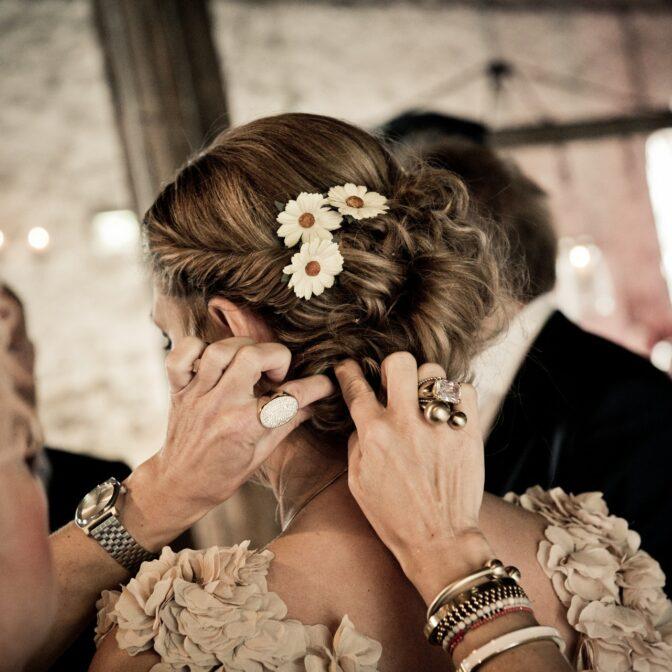 Wedding Hair Coloring Do's & Don'ts