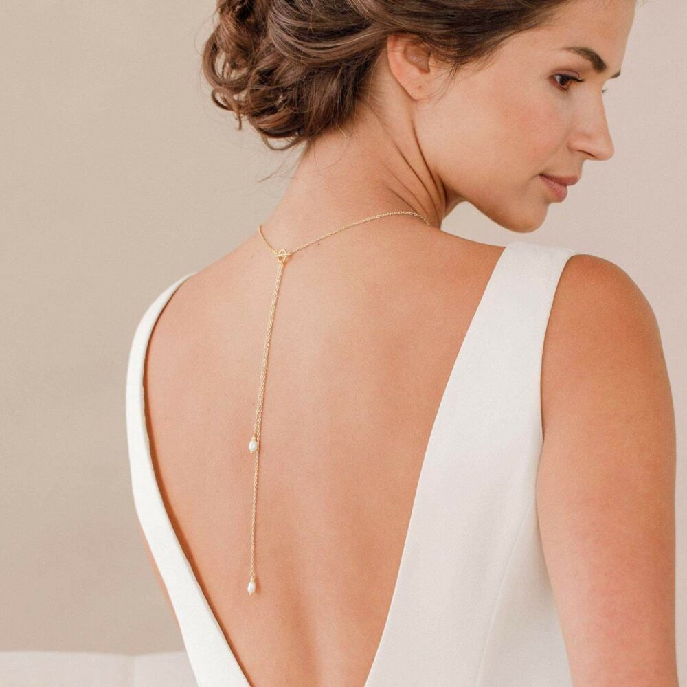 Gold back drop necklace