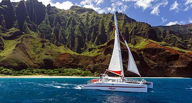 Na Pali Catamaran Tour