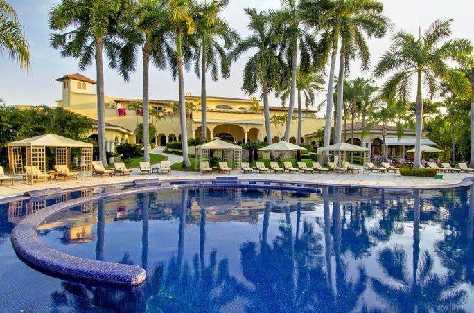 Casa Velas swimming pool