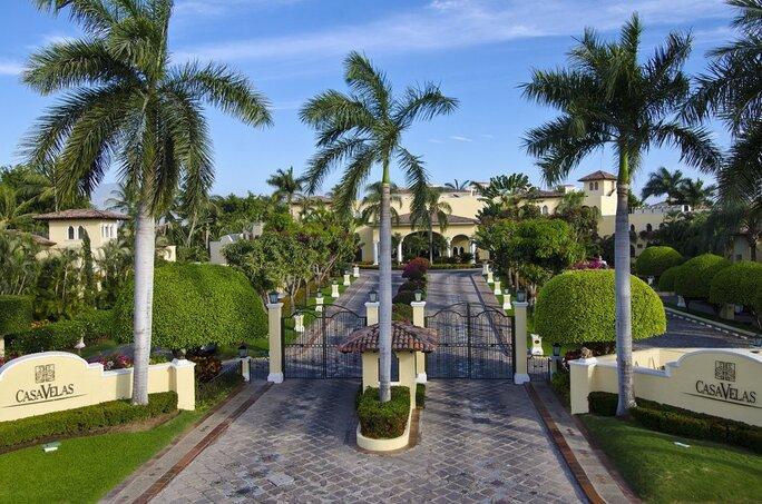 Main Entrance to Casa Velas