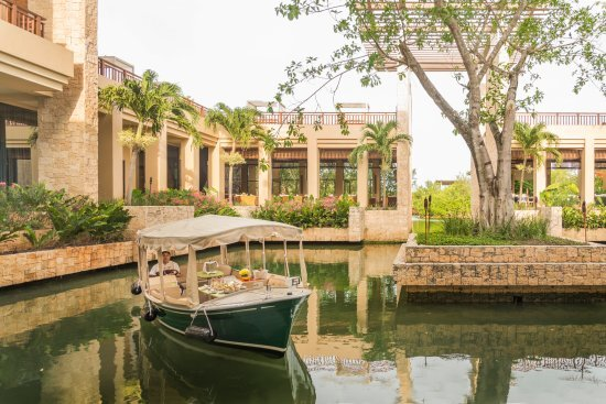 Private dining boat at Banyan Tree Mayakoba
