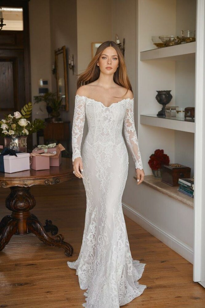 Blossom gown by Lihi Hod
