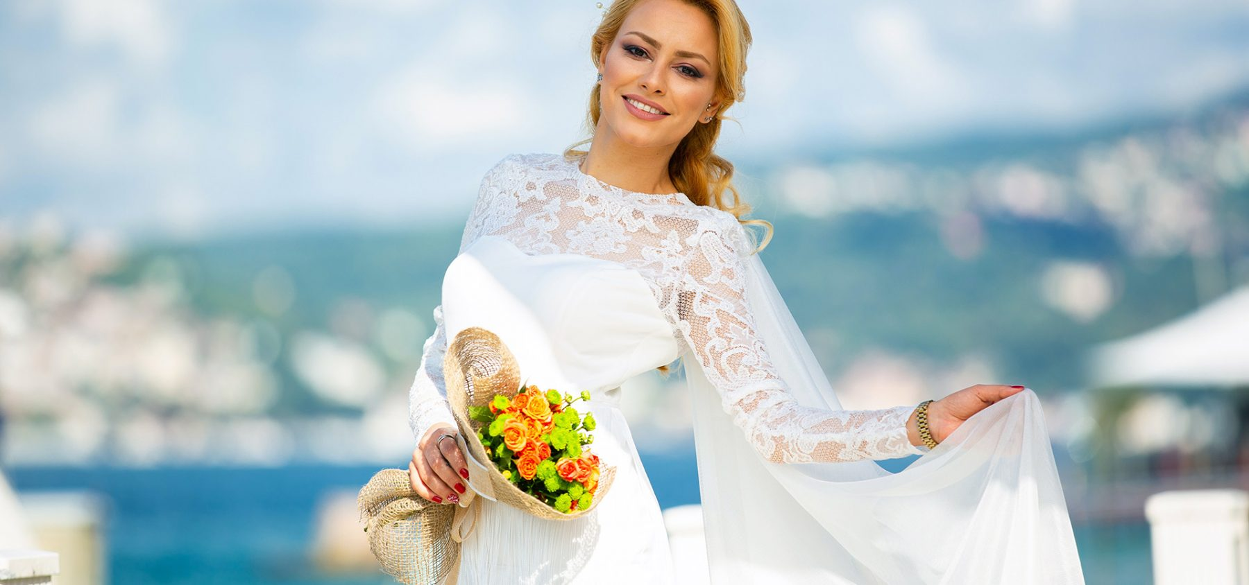 gorgeous wedding dress with sleeves
