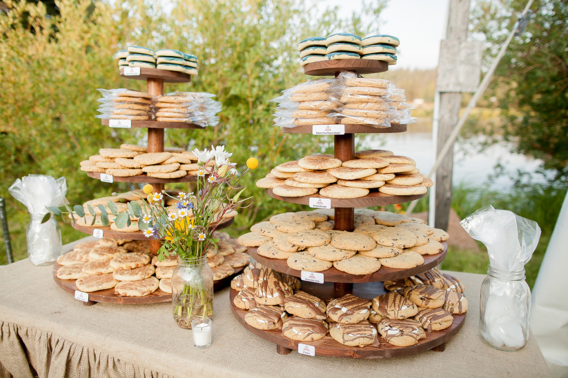 cookie buffet wedding favor