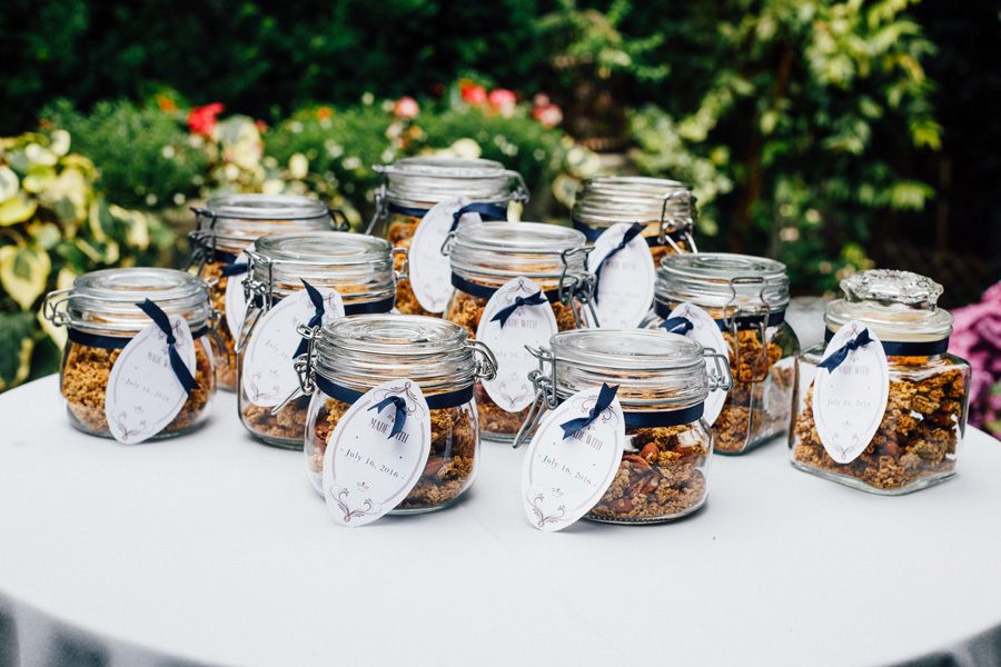 homemade granola wedding favors