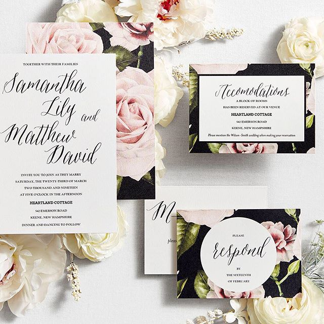 Customized online wedding invitations