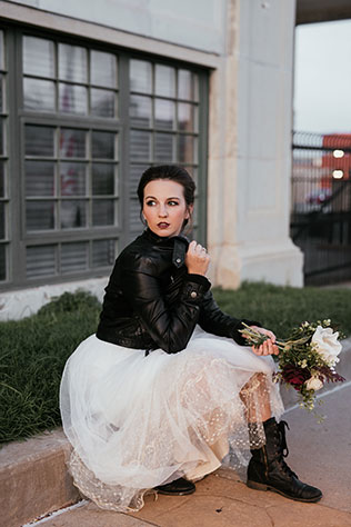 An urban vintage inspired rocker bride styled shoot by Kelcy Leigh Photography
