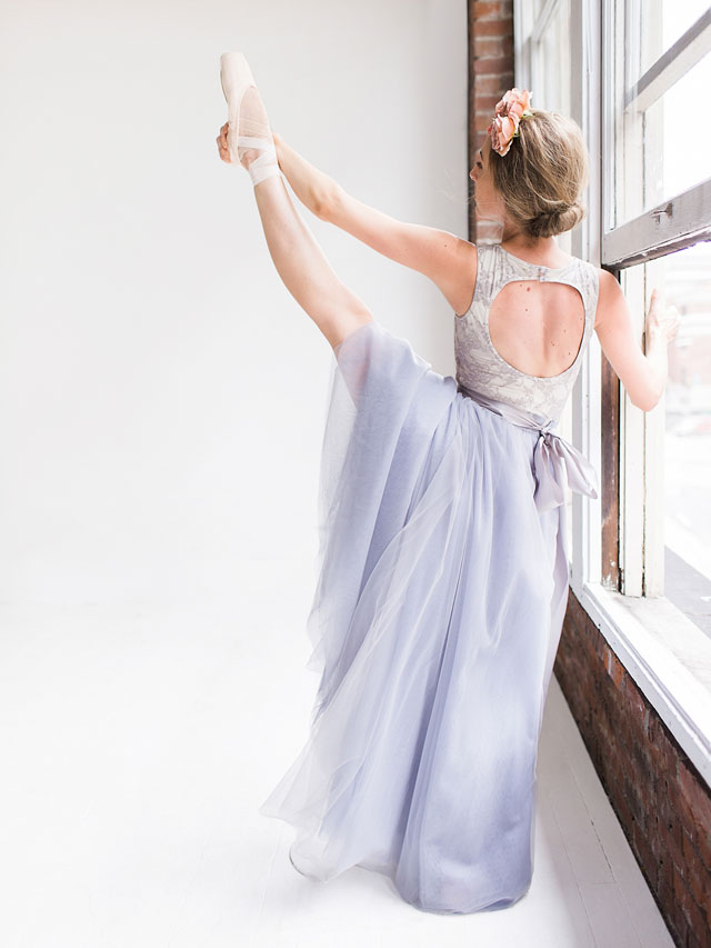A ballet inspired bridal session in a light and airy studio space in Seattle by Lionlady Photography