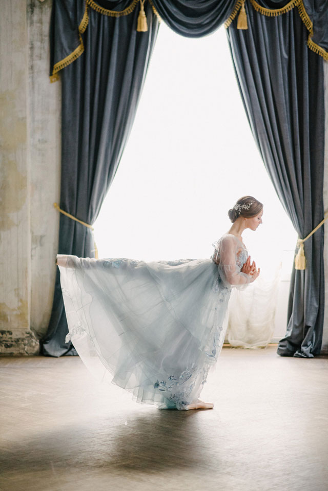 The Dance of Spring is a breathtaking ballet inspired bridal styled shoot in St. Petersburg, Russia by Olesya Ukolova Photography