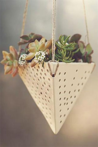 Hanging Succulent Planter | 5 Handmade Succulent Goodies to Include in Your Wedding