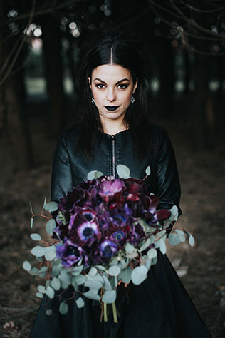 I'm Not Complete is a gothic bridal inspiration shoot featuring blood red roses, black bridal attire and moody elements by Italian photographer Andrea Fusaro
