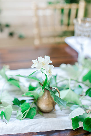 A Grecian inspired bridal shoot with lush greenery and a modern ivory and gold palette by Bailey Michelle Photography and Pacific Engagements
