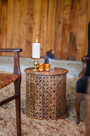 A styled shoot with a 1970s bohemian vibe inspired by Stevie Nicks' song Leather and Lace | Bergreen Photography: bergreenphotography.com | l'Relyea Events: lrelyea.com