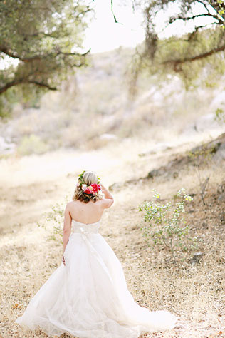 A floral-filled styled shoot inspired by the bounty of a spring farmers market   Brooke Aliceon Photography: http://brookealiceon.com   Couture Events: http://www.coutureeventsca.com