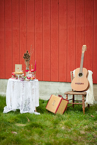 A retro and rustic styled shoot with a country music vibe | Christine Wills Photography: http://www.cwillsphotography.com
