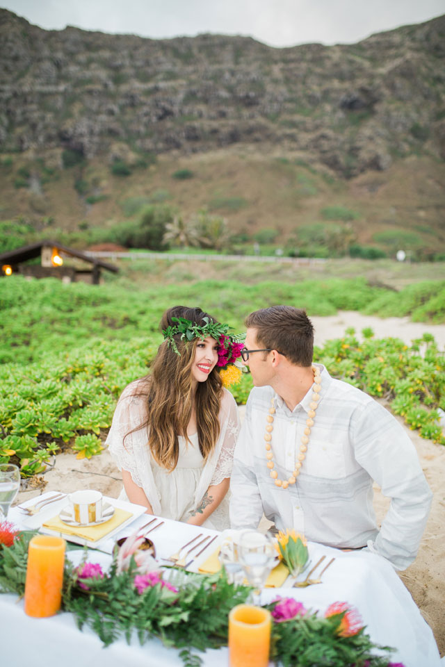 Hawaii My Paradise is a styled shoot inspired by the legend of naupaka, featuring vibrant tropical flowers and details, by Emi Fujii Photography