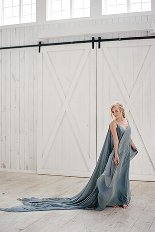 A gorgeous and ethereal styled engagement session at The White Sparrow by The Ganeys