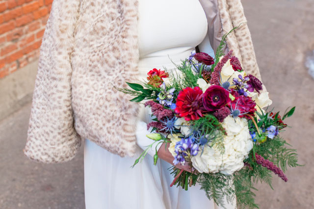 Modern and earthy wedding inspiration for winter with a crisp white, red and blue palette by Emily Pine