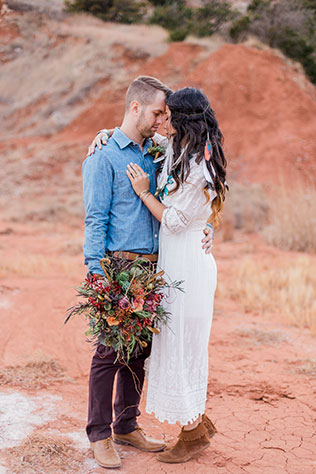 A Southwest soiree in the Gloss Mountains in Oklahoma with bohemian details by Hazel and Haze Photography