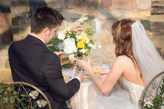 A modern yet classic fairy tale wedding inspiration shoot with timeless elements that never go out of style // photos by Heather Cisler Photography: http://heathercislerphotography.com    see more on https://blog.nearlynewlywed.com
