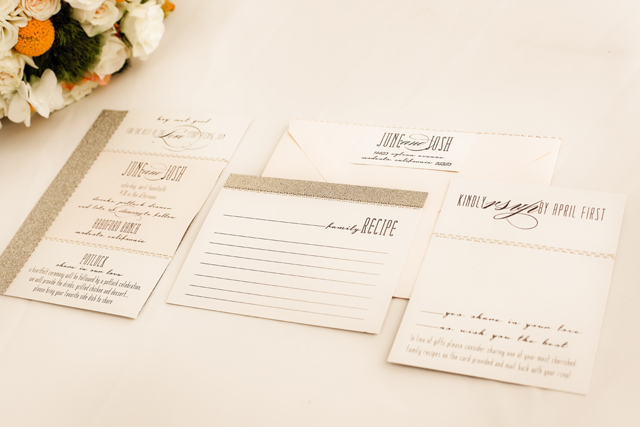 Wedding inspiration on a budget for a vintage romantic potluck-style wedding // photos by Jamie Bearg Photography: http://jamiebeargphotography.com    see more on https://blog.nearlynewlywed.com