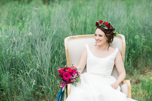 A mountaintop berry boho wedding inspiration shoot with agate and geometric details by Jana Scott Photography