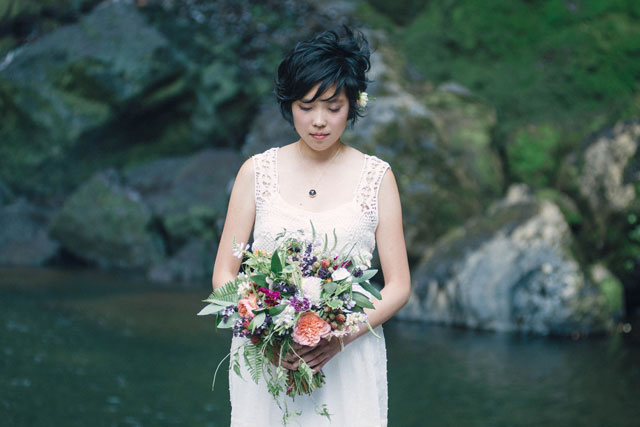 A natural and beautiful brambles and waterfalls wedding inspiration shoot in Oregon // photo by JARFLY: http://jarflyphoto.com    see more on https://blog.nearlynewlywed.com