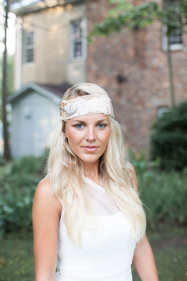 A boho inspired bridal session at Capital Park in Tuscaloosa // photo by Leah Savage Photography: http://www.leahsavagephotography.com || see more on https://blog.nearlynewlywed.com